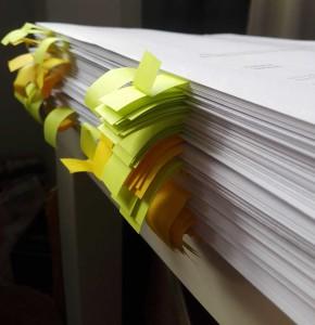 Eine kleine Anzahl an Unterschriften ist zu tätigen.